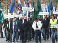 2015-01-04 04 Tuzla-workers-march